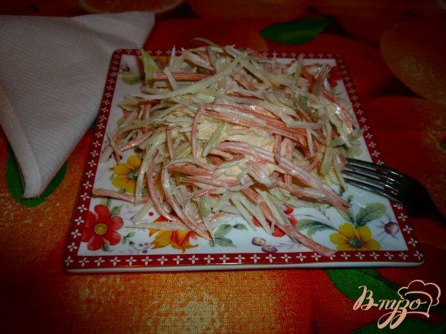 Рецепт Салат из зеленой редьки с морковью и капустой