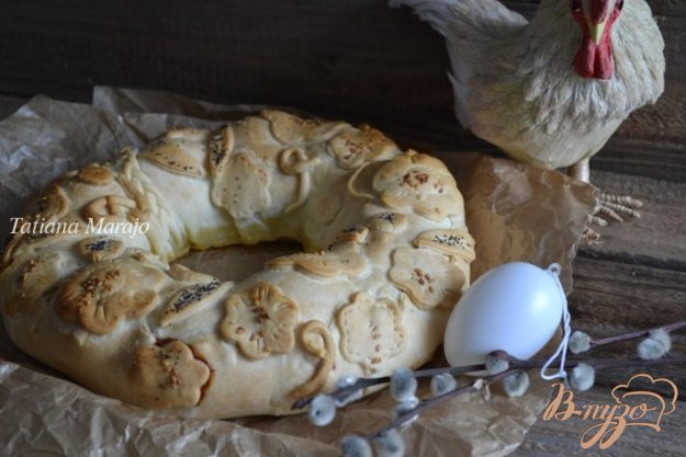 фото рецепта: Пирог из курятины с отварным яйцом