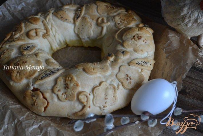 Фото приготовление рецепта: Пирог из курятины с отварным яйцом шаг №8