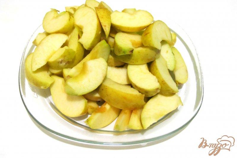Фото приготовление рецепта: Запеканка из риса и яблок шаг №4