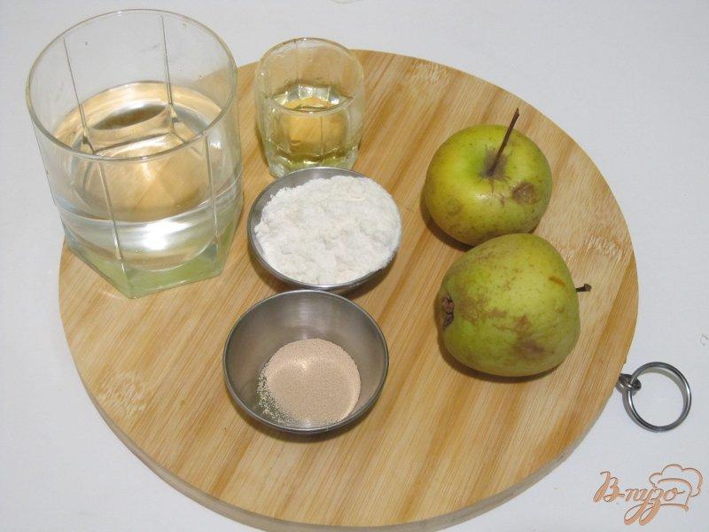 Фото приготовление рецепта: Фокачча с яблоками шаг №1