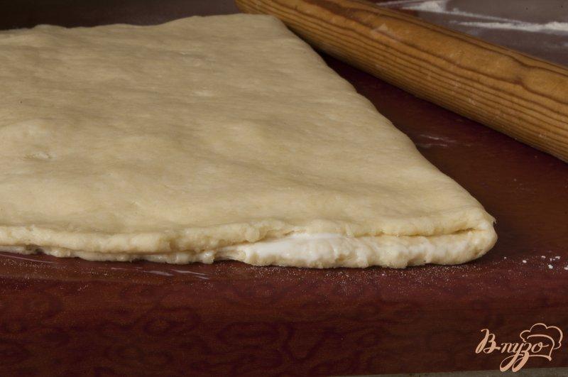 Фото приготовление рецепта: Сконы с персиками шаг №8