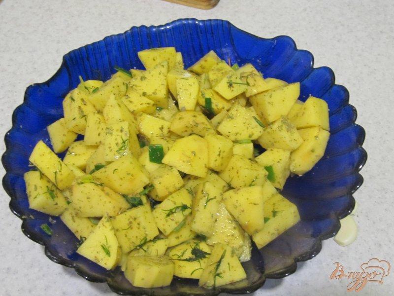 Фото приготовление рецепта: Картофель в банке шаг №3