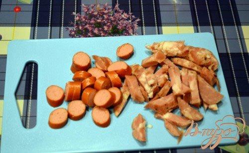Паста с колбасой с горчичной заправкой