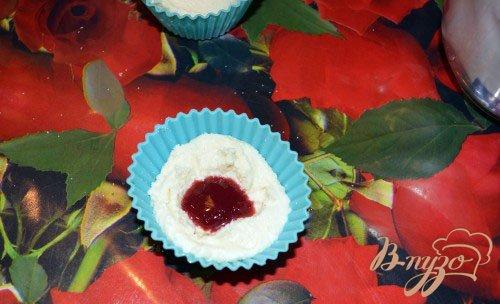 Творожные кексы с малиновым джемом