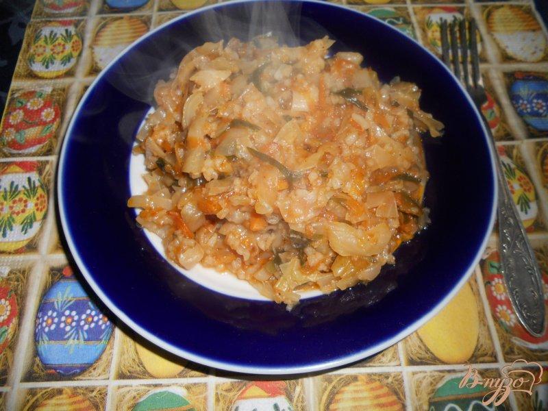 Фото приготовление рецепта: Капуста тушеная с рисом шаг №6