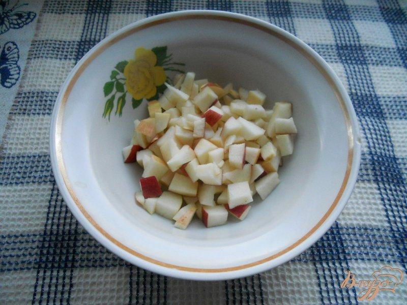 Фото приготовление рецепта: Салат колбасный шаг №2