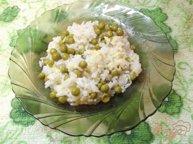 фото рецепта: Рис с зеленым горошком