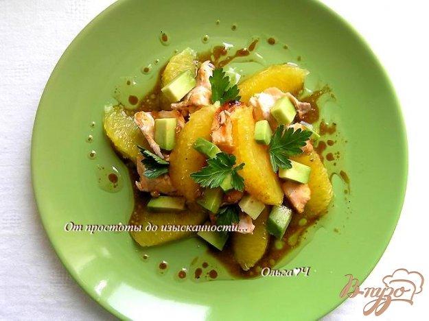 Рецепт Салат с лососем-гриль, апельсином и авокадо