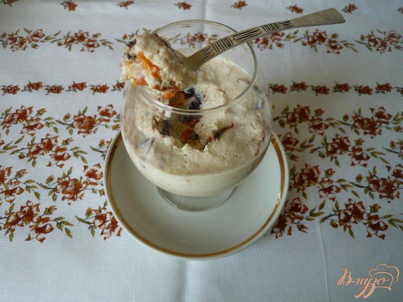 Фото приготовление рецепта: Легкий творожный десерт шаг №6