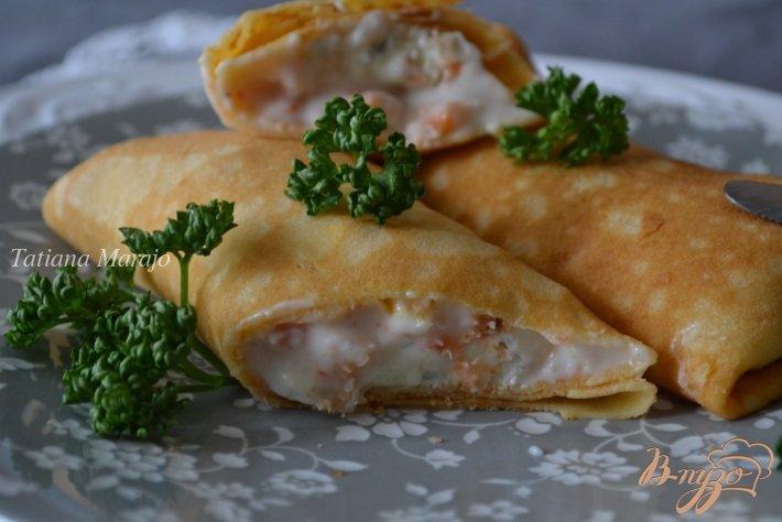 Фото приготовление рецепта: Блинчики с креветками и голубым сыром шаг №6