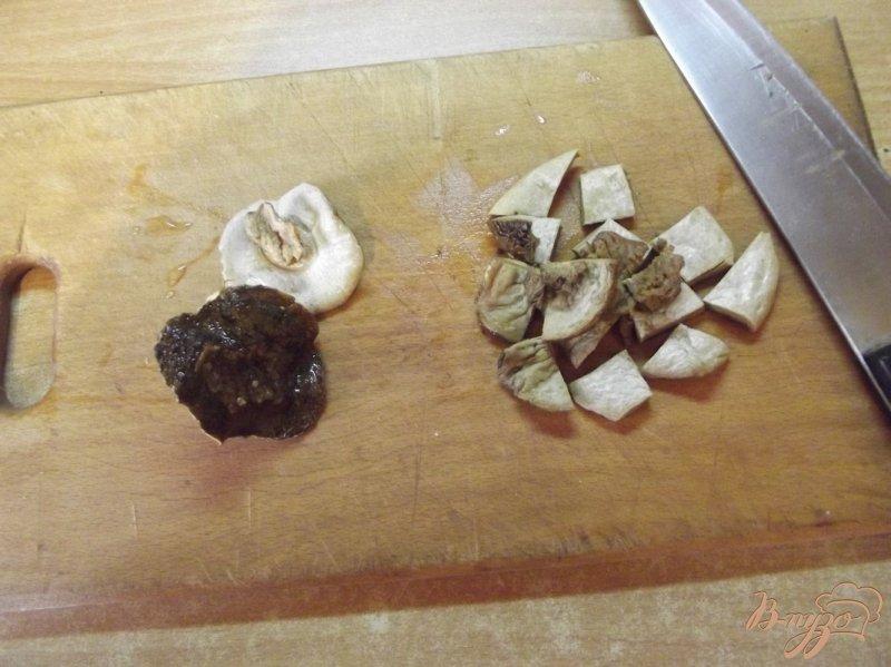 Фото приготовление рецепта: Суп с двумя видами грибов шаг №1
