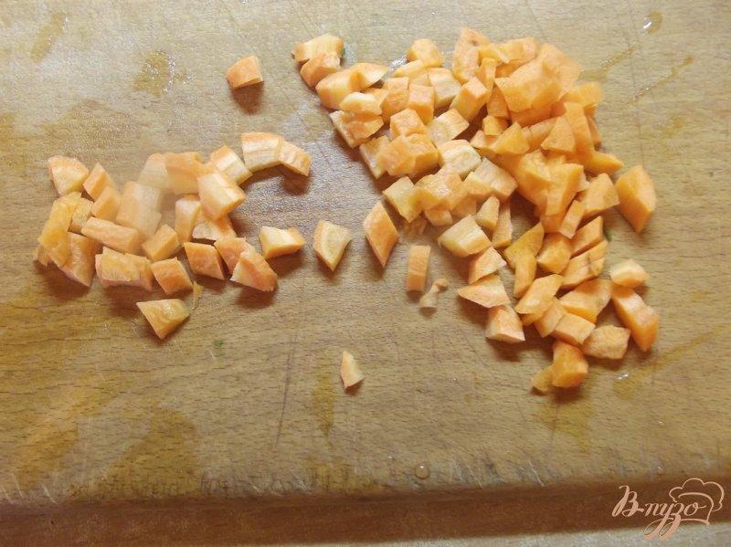 Фото приготовление рецепта: Суп куриный с щавлем шаг №3