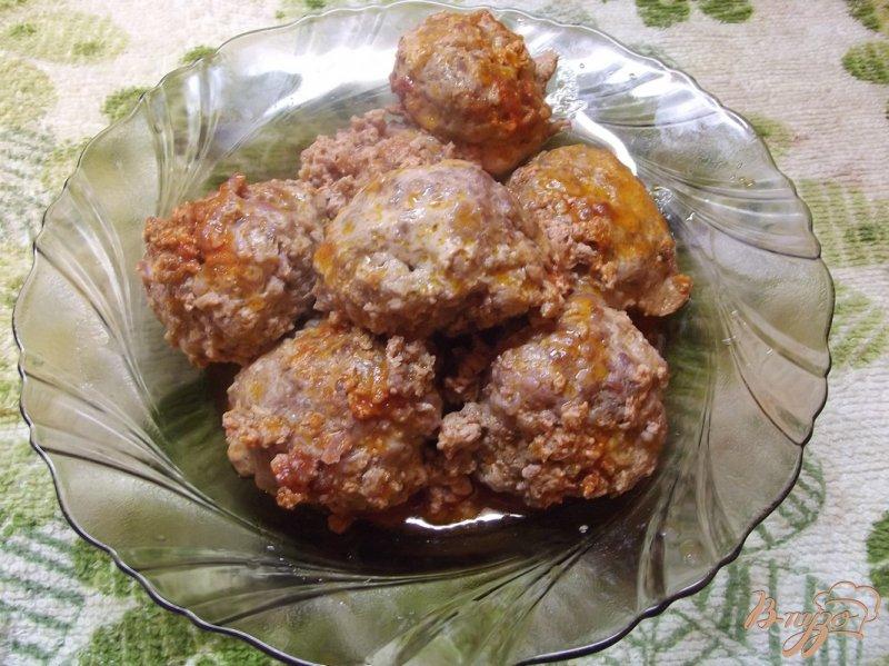 Фото приготовление рецепта: Котлеты тушеные в томатном соке шаг №9