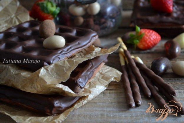 Рецепт Клубничные вафли в шоколаде