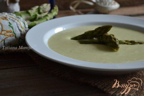 фото рецепта: Крем-суп с зеленой спаржей