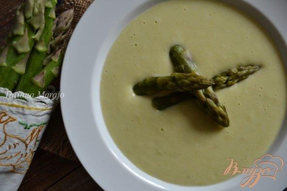 Фото приготовление рецепта: Крем-суп с зеленой спаржей шаг №4