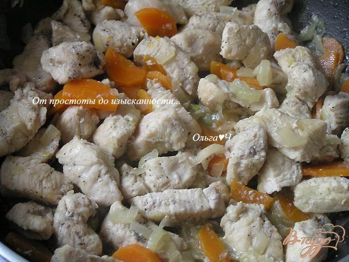 Фото приготовление рецепта: Куриное пюре с овощами для самых маленьких шаг №2