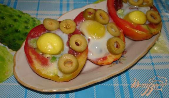 Рецепт Запеченые в помидорах яйца