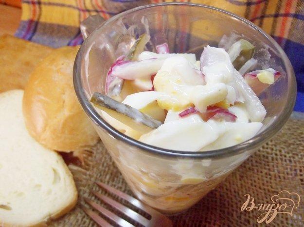 Рецепт Закусочный салат из яиц, соленых огурцов и редиса