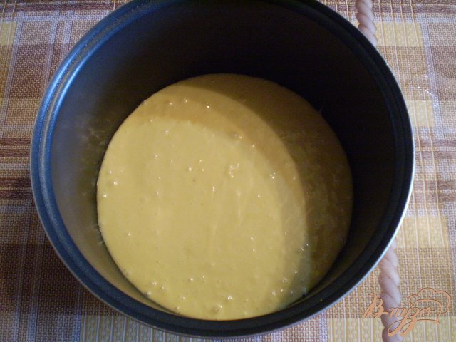 Фото приготовление рецепта: Ананасовый пирог шаг №9