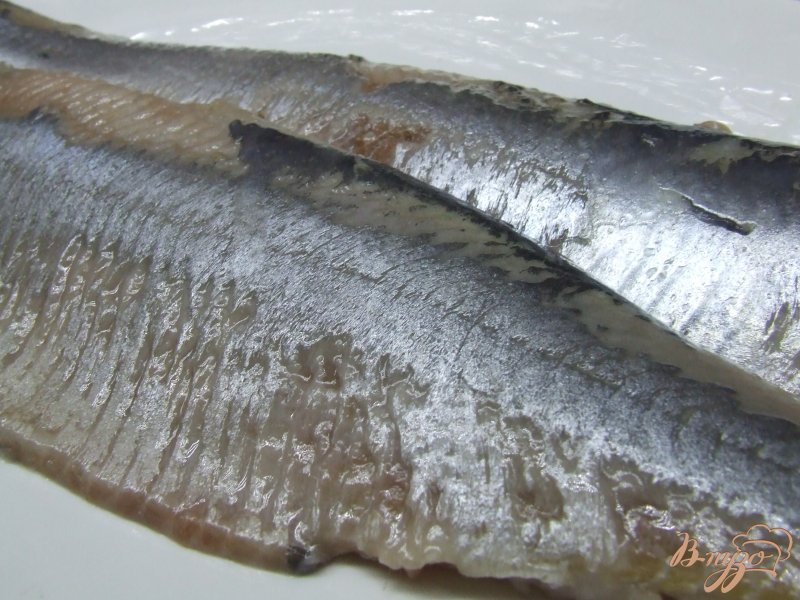 Фото приготовление рецепта: Сельдь маринованная с паприкой шаг №1