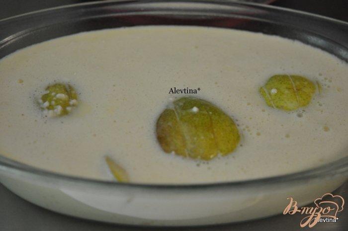 Фото приготовление рецепта: Пудинг с грушами шаг №4