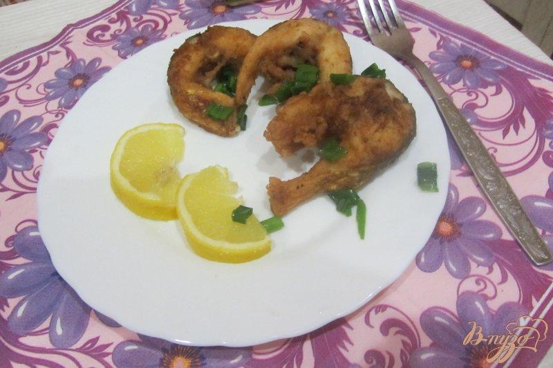 Фото приготовление рецепта: Пиленгас жареный с паприкой. шаг №6