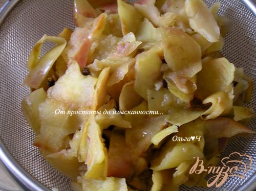 Яблочный джем с мятным сиропом (в мультиварке)