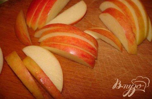 Блины с кремом и фруктами