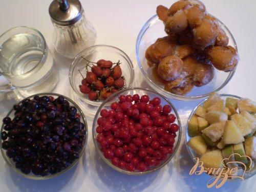 Ягодно-фруктовый компот с шиповником