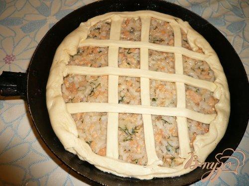 Пирог с консервированной горбушей и рисом