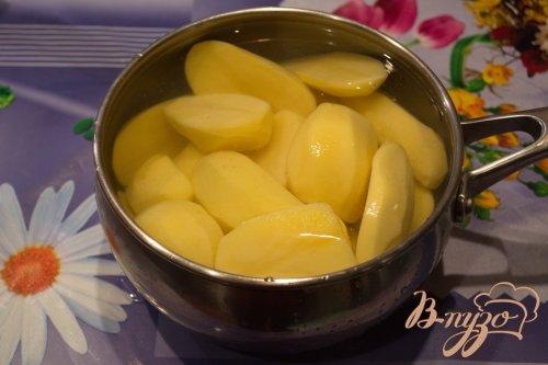 Запеченные сосиски с картофелем