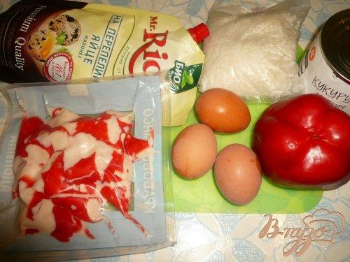 Салат с крабовым мясом и болгарским перцем