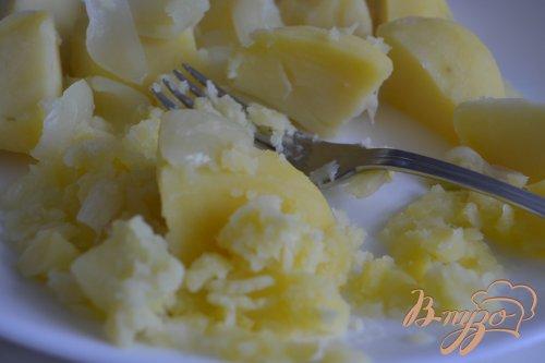 Давленый картофель с гусиной печенью