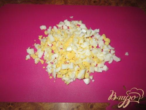 Салат с редькой и яйцом