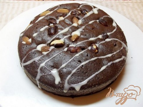 Шоколадный пирог со сгущенным молоком