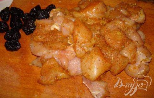 Курица с черносливом в банке(стеклянной кастоюле)