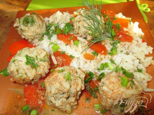 Ежики со свежей зеленью в томатном соусе