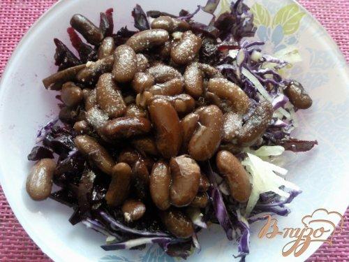 Салат из краснокочанной капусты с фасоли