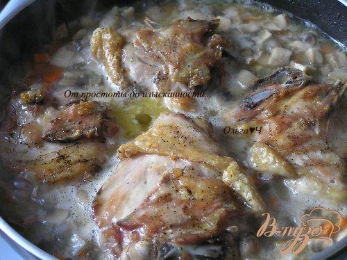 Курица с грибами и маслинами