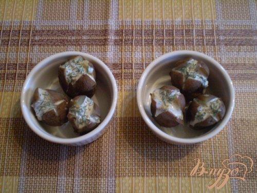 Картофель запеченный со сметаной, горчицей и укропом