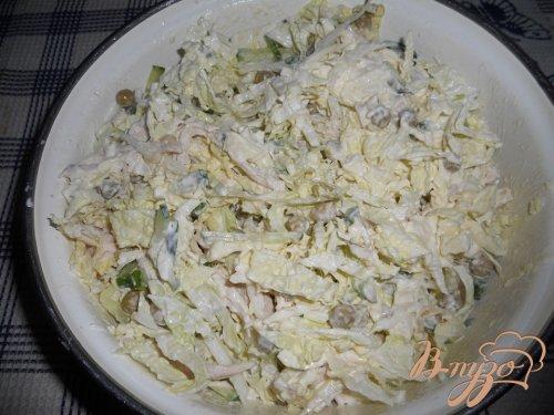 Легкий салат с курочкой и пекинской капустой