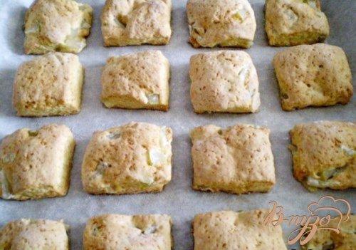 Печенье с кусочками груш