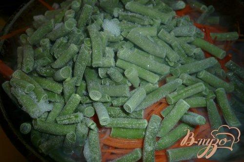 Рагу с морковью и зеленой фасолью