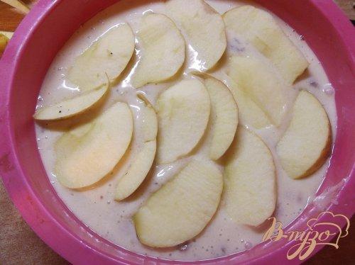 Пирог с яблоками на растительном масле