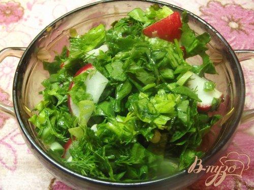 Салат диетический с редисом