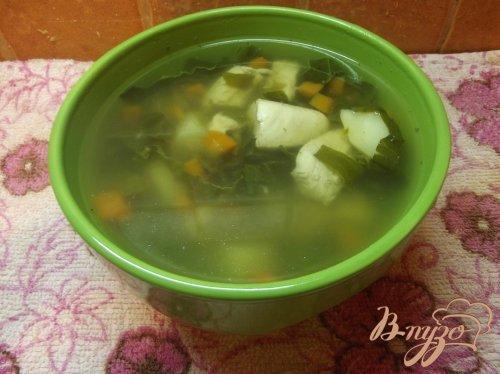 Суп куриный с щавлем