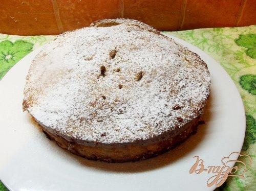 Мягкий яблочный пирог с белой черешней