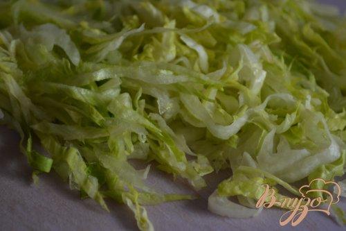 Салат со свеклой и салатной капустой